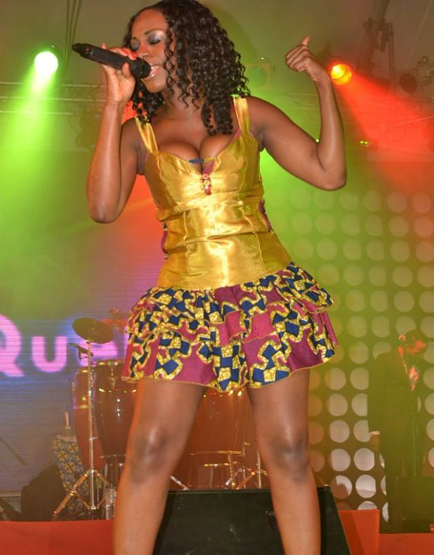 NOT AGAIN!! Photo Of Ghanaian Musician, Raquel Performing